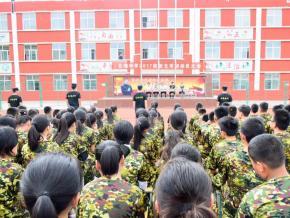 北海中学2017级新生军训教育周活动正式启动